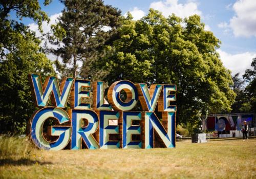 donnez votre avis sur le festival we love green. Black Bedroom Furniture Sets. Home Design Ideas